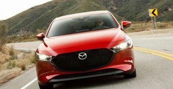 Новый седан Mazda 3 появится в России в октябре
