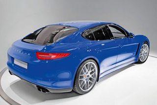 Porsche перенес выпуск мини-версии модели Panamera