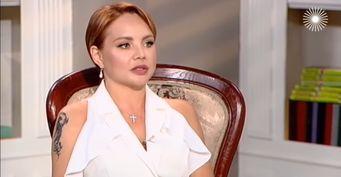 Коллектив считает еётираном: Певица Максим призналась всобственной двуличности