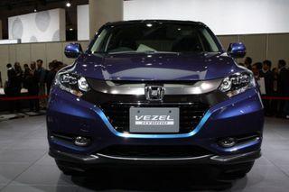 Honda готовит к выпуску на рынок новый компактный кроссовер  Vezel