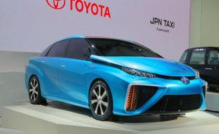 Toyota определилась с датой выхода своей водородной модели