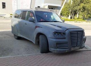 Жёсткий тюнинг Toyota Land Cruiser 100. Фото: «ВКонтакте»
