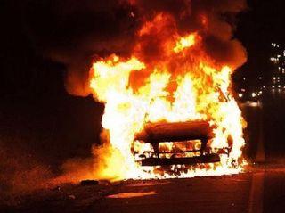 В Шушарах сгорел Opel Vectra