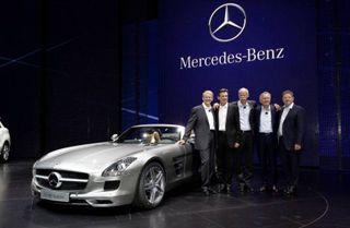 Концерн Daimler AG отзывает свои авто в США и КНР