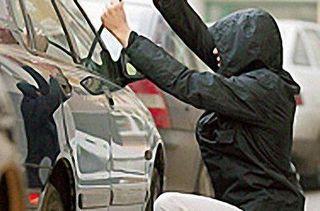В Приморье руководитель СТО украл машину клиента