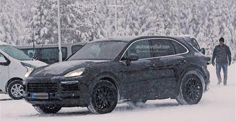 Porsche Cayenne 2018 сфотографирован на зимних испытаниях