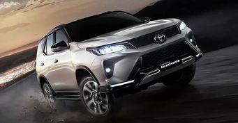"""«Ждали """"Русский Прадо"""", авышел японский УАЗ»: Чем Toyota Fortuner за2,8млн уступает «Патриоту», рассказал эксперт"""