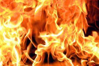 На юге Москвы потушили пожар в почтовых вагонах