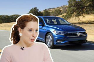 Ирина Шихман пересела наболее «солидный» автомобиль— Volkswagen Jetta. Коллаж: «Покатим!»