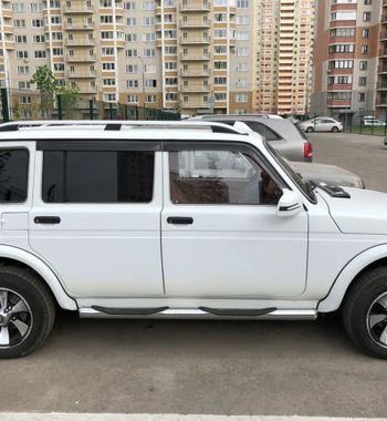 LADA 4×4 Lexus Urban сшикарным салоном продают за1,5млн рублей