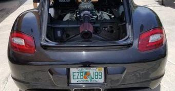 Тюнеры установили 424-сильный V8 от Ford Mustang в Porsche Cayman