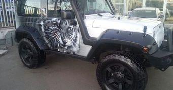 В Омске продается уникальный Jeep Wrangle за 3,6 миллиона рублей
