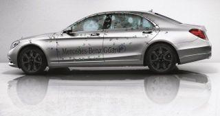 Mercedes создали бронированный автомобиль S-класса