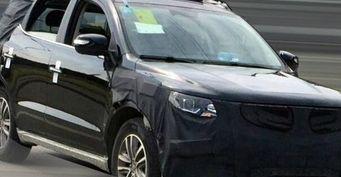 Новый кроссовер Geely Emgrand X7 замечен на дорожных тестах