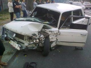 В Москве в крупном ДТП на МКАД пострадали четыре человека