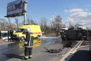 Движение по Московскому шоссе парализовано из-за ДТП