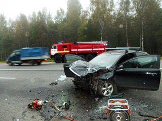 Столкнулись два мотоцикла и иномарка в Курортном районе Петербурга
