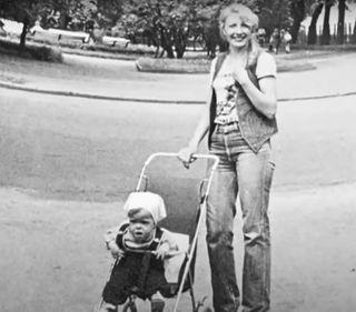 Архивное фото, мать Анны