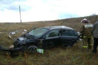 В Ульяновской области «Опель Астра» опрокинулся в кювет, пострадали два человека