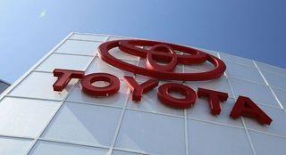 До 125 000 бракованных седанов Avalon отозваны производителем Toyota