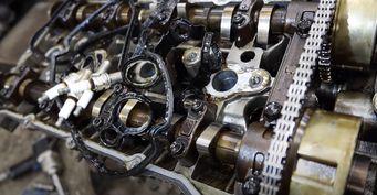 Sorento прошёл 27тыс. кмиразвалился: «Помойные» запчасти внутри б/у мотора KIA с«Авито» показал механик