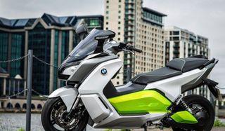 Первый электрический скутер от компании BMW