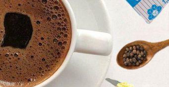 Как улучшить вкус даже самого дешевого кофе с помощью простых добавок