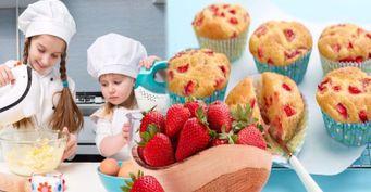 Рецепт кексов из клубники и творога в микроволновке для малоежек