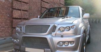 «Бедная машина»: Toyota Land Cruiser 100 с«двойной мордой» оценили вСети