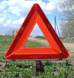 В Челябинской области ВАЗ врезался в бетонный столб