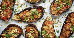 Ешь и балдеешь: Лодочки из баклажанов с красной рыбой