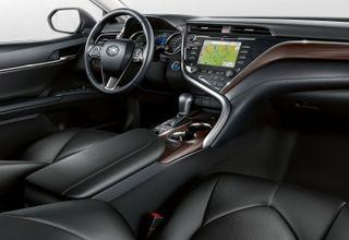 Фото: Салон Toyota Camry XV70, источник: Toyota