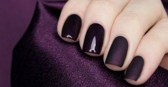 Маникюр доживет доНового года: Как освежить изношенные ногти сгель-лаком