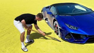 Фото: Lamborghini Huracan, разбитый Литвином впустыне, источник: YouTube
