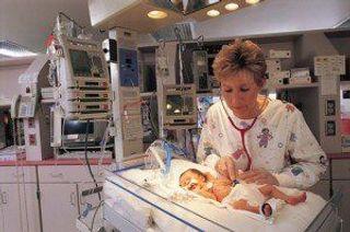Женщина, находясь в коме, родила здорового ребенка