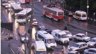В центре Саратова произошло ДТП с участием 8-ми автомобилей