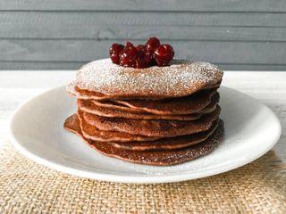 Шоколадные оладьи, пример подачи\Источник: mir-da.ru