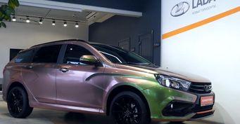 «Продавать сосправкой издурки»: Перспективы LADA Vesta SWCross за1,4млн обсудили автолюбители