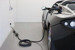 Audi к 2020 году выпустит три электромобиля