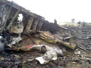 На месте крушения Боинга-777 найдены тела 121 человека
