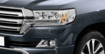 Фантазия разгулялась: Представляем десятиместный Toyota Land Cruiser 200