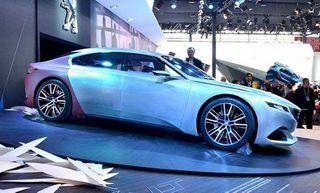 Вместо Peugeot 508 будут выпущены две новые модели