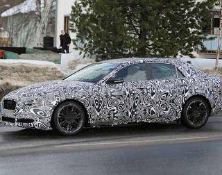 Опубликованы первые фотографии базового седана Jaguar ХЕ