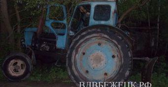 Пьяный тракторист слетел в кювет в Тверской области