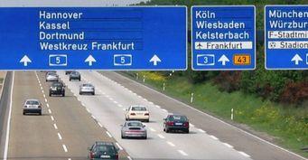 В Германии автобан станет платным для иностранцев