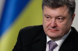 Президент Украины позволил милиции на востоке страны стрелять без предупреждения