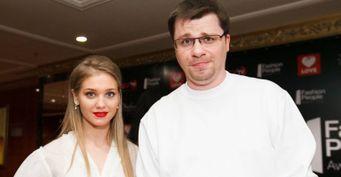«Харламов страдает»: Воля «спалил» мучения Гарика из-за развода сАсмус насцене Comedy Club