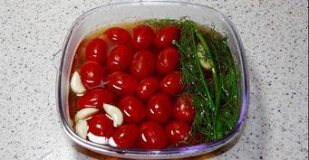 Наспех квасим помидоры: Рецепт от«бывалой» хозяйки