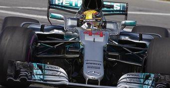 Mercedes устранила проблемы в покрышках