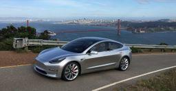 Американец продает своё место в очереди на новый Tesla Model 3